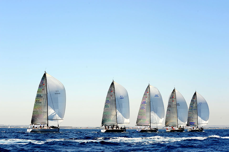 sea race in sicily