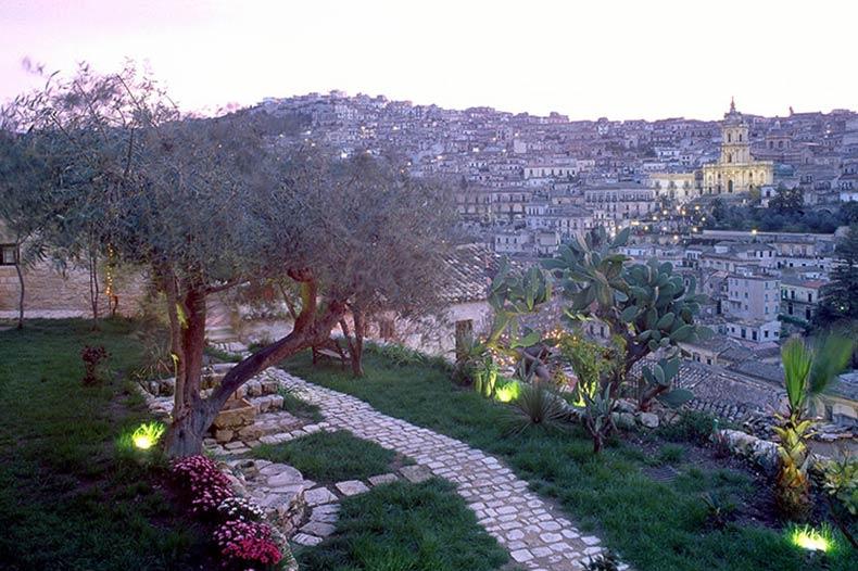 casa-talia-outside-view-2