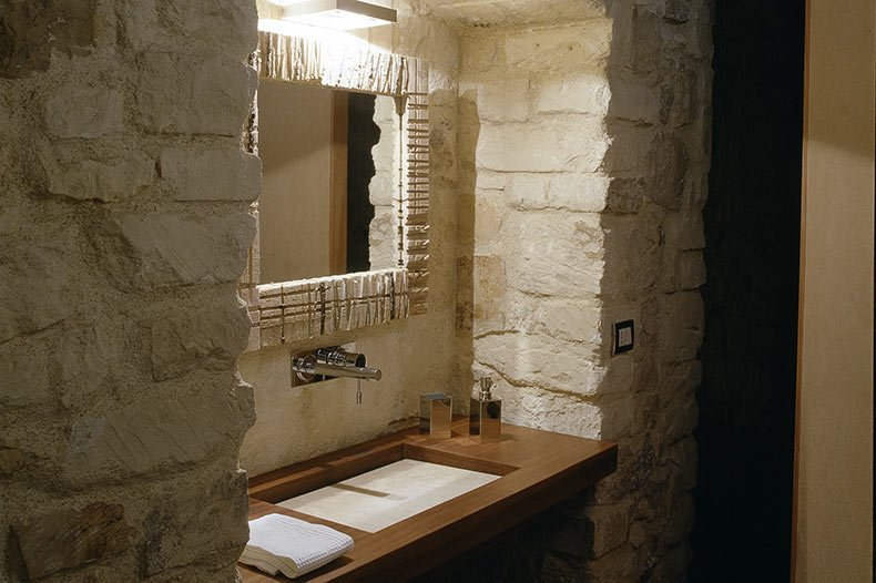 talia-bathroom2