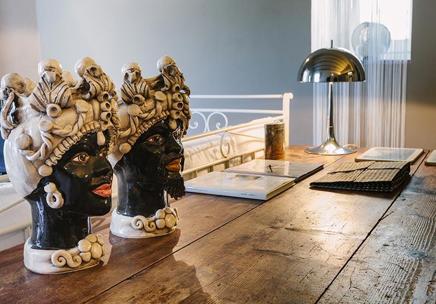 Casa Melli table