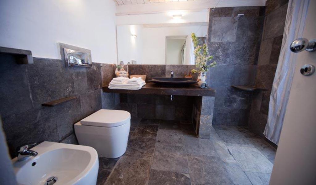 Villa Il Mandorlo bathroom