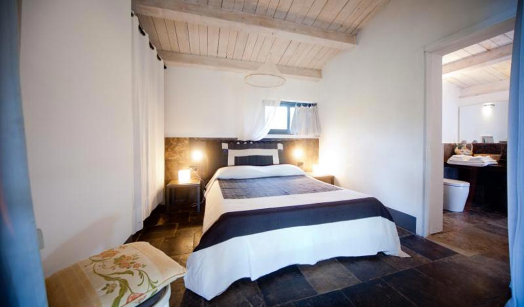 Villa Il Mandorlo bedroom