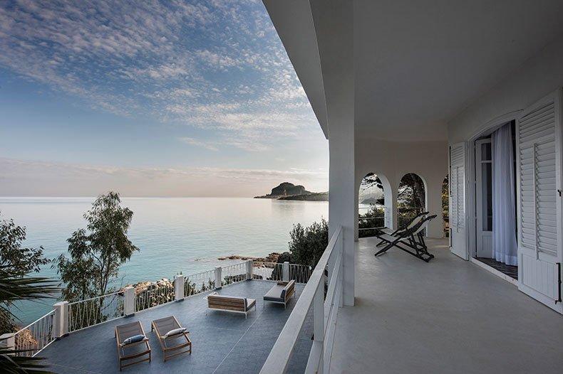 Casa Scoglio stunning balcony view