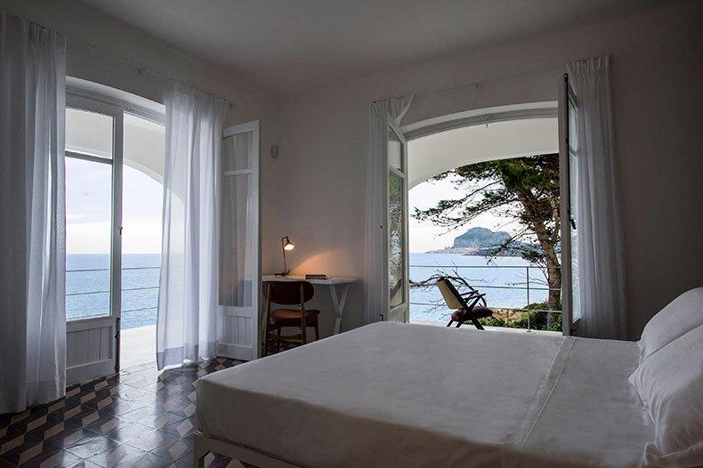 Casa Scoglio bedroom