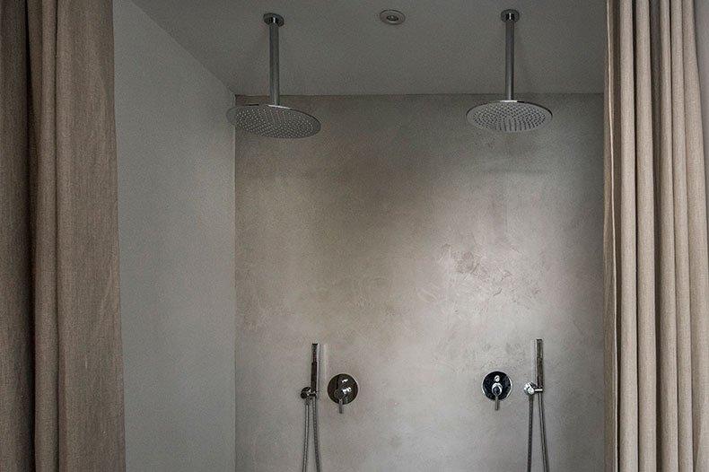 Casa Scoglio shower