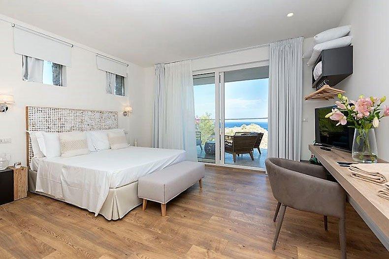 mazzaro-bedroom