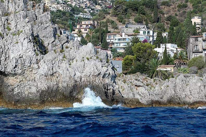 mazzaro-coast