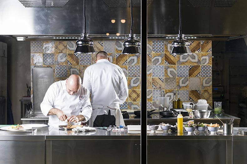 pisciotto-restaurant-kitchen