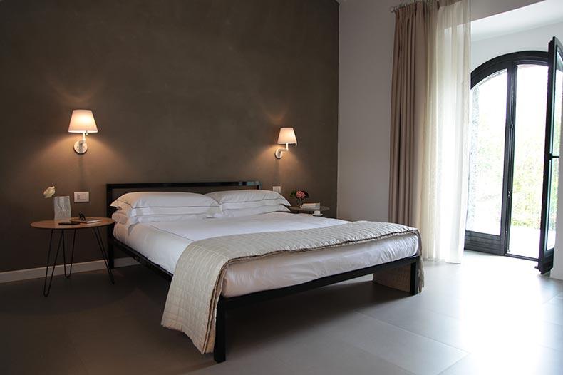 tale-bedroom6