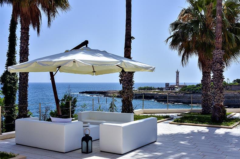 villa-al-faro-terrace-lounge