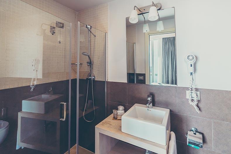 piccolo-giardino-bathroom-deluxe