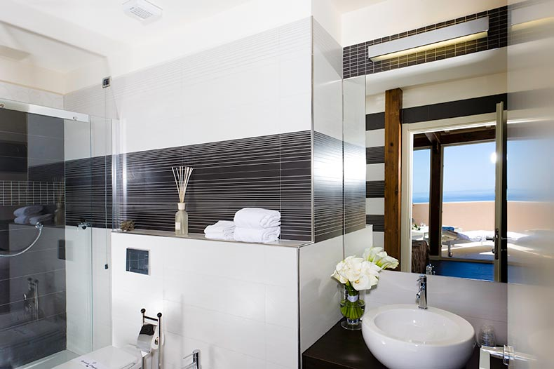 piccolo-giardino-bathroom-suite